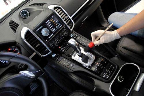 Dịch vụ vệ sinh nội thất ô tô tại nhà giá rẻ, chuyên nghiệp
